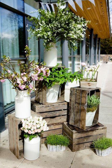 C mo decorar huacales de madera foro organizar una boda for Muebles iglesia