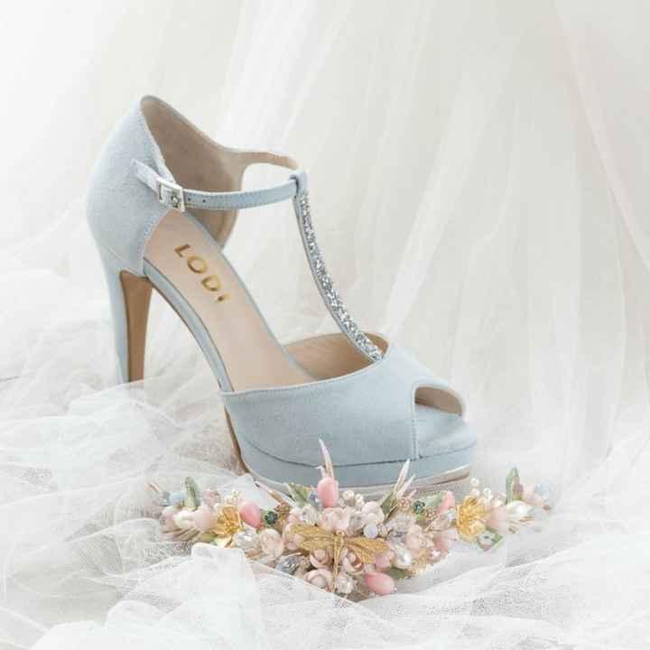 Tendencia 2021: zapatos en azul - 2