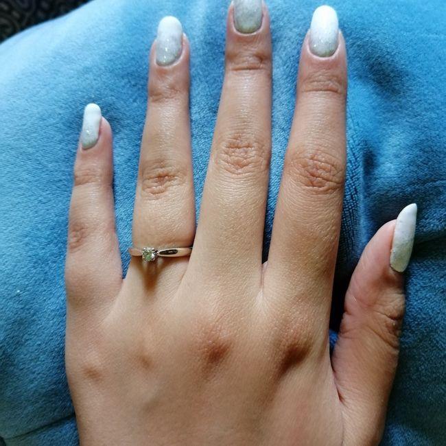 ¿Verdad que el anillo de compromiso si es lo mejor del mundo? 13