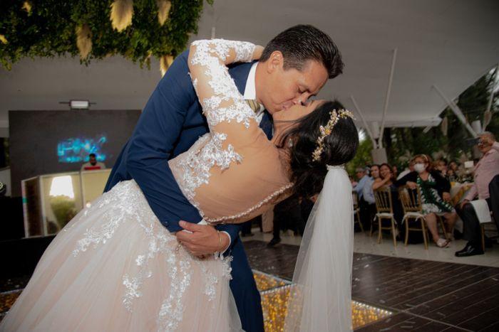 Fotografías a 81 días de casados! 10