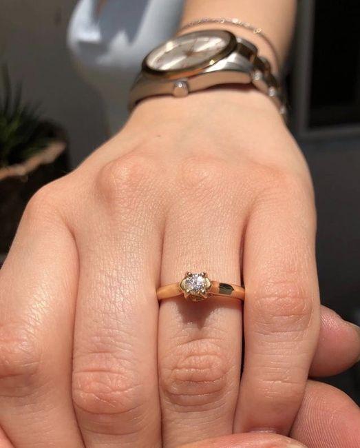 ¿Verdad que el anillo de compromiso si es lo mejor del mundo? 1