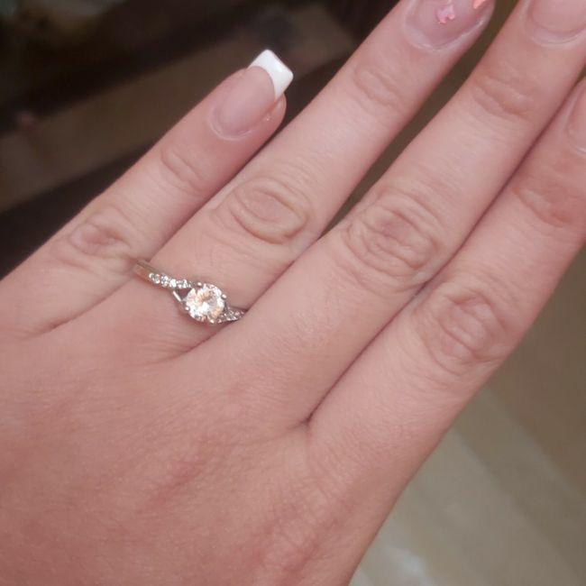 ¿Verdad que el anillo de compromiso si es lo mejor del mundo? 4