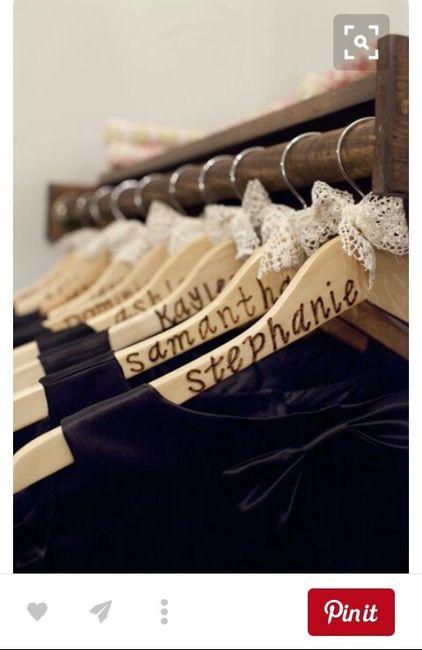 Ganchos para colgar el vestido para las damas de honor 2 - Ganchos para colgar ...