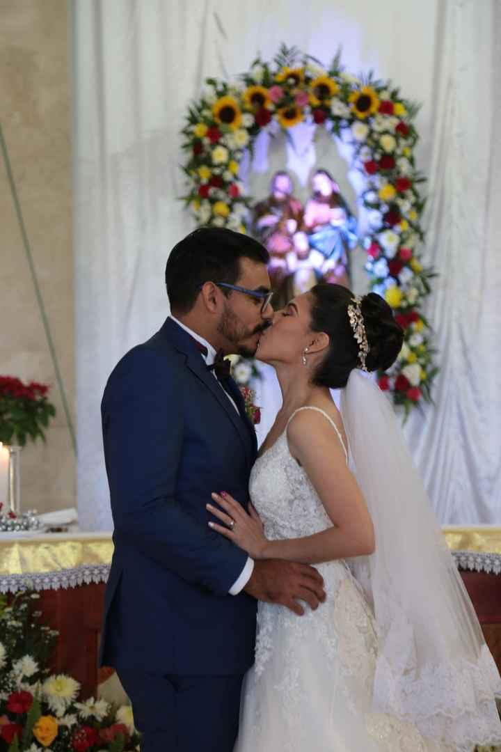 El gran beso de boda! 😘 - 1