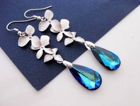 Aretes azules en tu boda 9