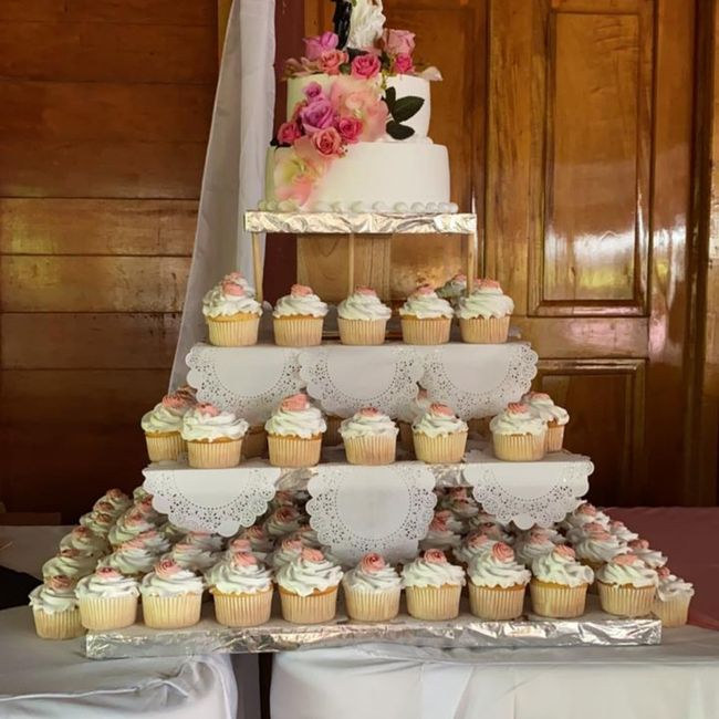 Pastel de cupcakes!! 1