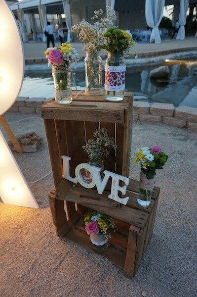 Ideas para decorar la mesa de la entrada a a la recepcion - Decorar una entrada estrecha ...