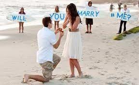Ideas para entregar anillo de compromiso en la playa