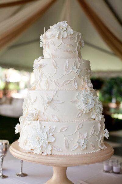 Pasteles de boda blancos 10