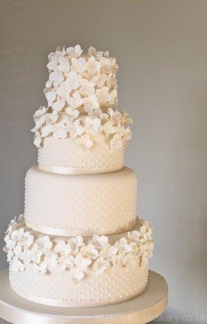Pasteles de boda blancos 13