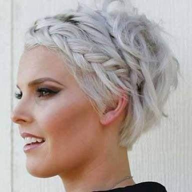 Peinados de trenzas modernas cabello corto