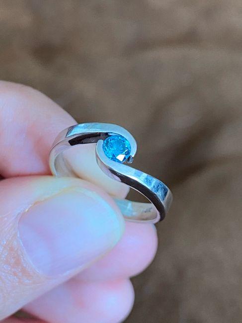 ¿Verdad que el anillo de compromiso si es lo mejor del mundo? 14