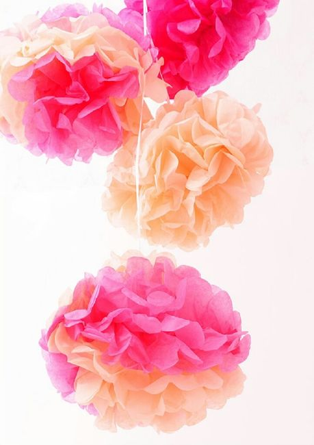 Pompones de papel diy para decorar tu locacion de boda - Manualidades de papel para decorar ...