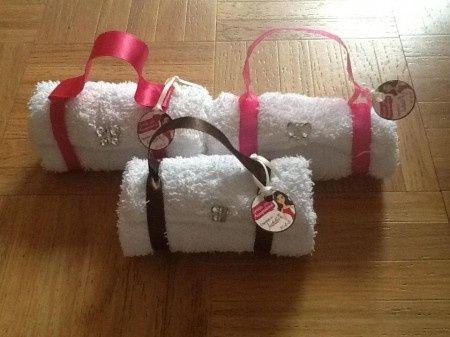 Recuerdos despedida de soltera bolsitas de toalla fotos antes de la boda comunidad bodas - Manualidades regalo boda ...