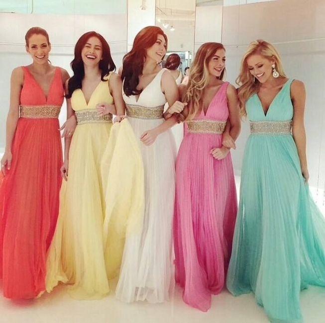 Vestidos de damas de una novia