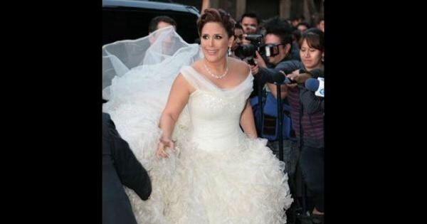 6df3aa5e9 Vestidos de novias famosas mexicanas - Foro Bodas famosas - bodas.com.mx