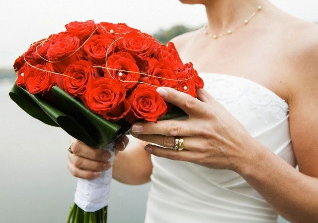 Ramos de novia color rojo