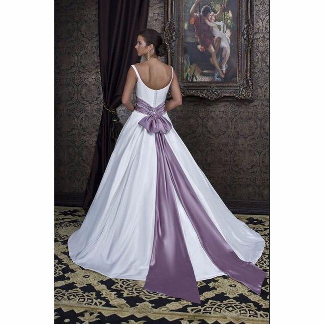 vestidos de novia con toques en color morado - foro moda nupcial