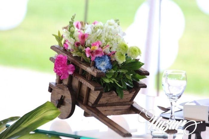 Carretas centros de mesa foro manualidades para bodas for Centro de mesa boda campestre