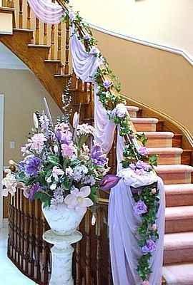 decora las escaleras de tu salon en tonos lilas o malva - 3