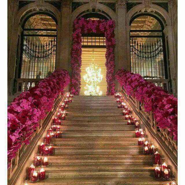 decora las escaleras de tu salon en tonos lilas o malva - 4