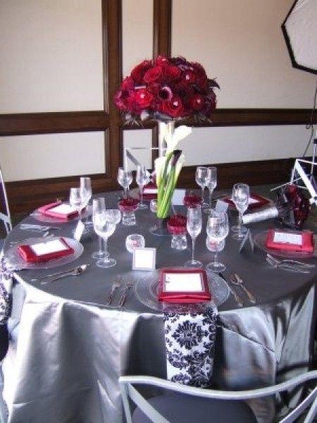 Decoración para boda en blanco y rojo 5