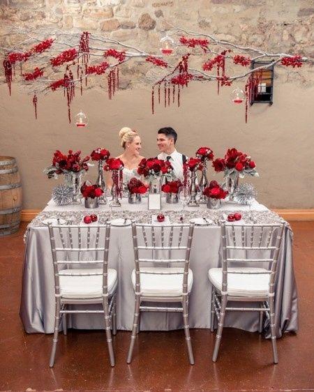 Decoración para boda en blanco y rojo 8