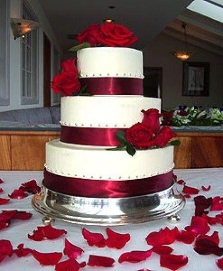 Decoración para boda en blanco y rojo 9
