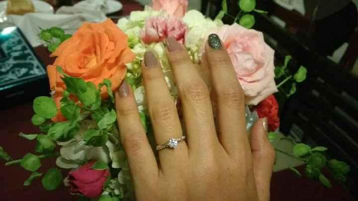 Oficialmente comprometida!!! - 1