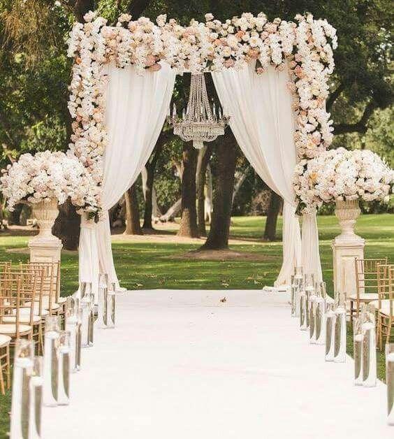 Hermosa decoraci n en jard n foro organizar una boda - Decoracion de jardines para bodas ...