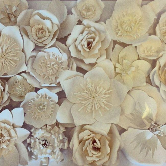 Mural de flores de papel gigantes foro manualidades para for Mural de fotos en cartulina