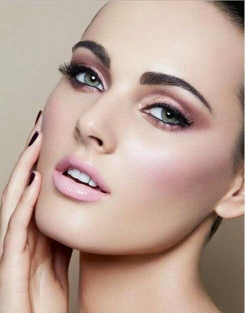 Maquillaje en tonos rosa para el gran día 3