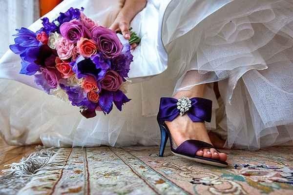Zapatos de novia en morado