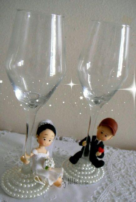 Copas y botellas decoradas foro manualidades para bodas - Como decorar copas para boda ...