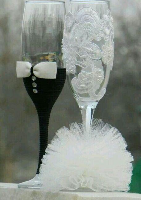 Copas y botellas decoradas - 15