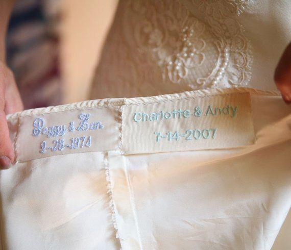 """""""Algo azul"""" bordado al vestido 💙 3"""
