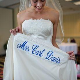 """""""Algo azul"""" bordado al vestido 💙 10"""