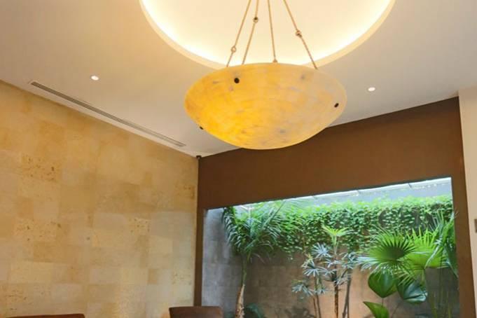 Amplio y elegante lobby