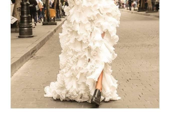 Bridal coutre