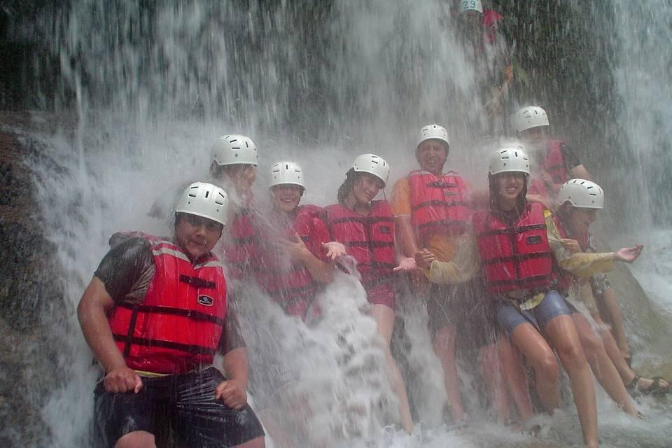 Cascada en rafting