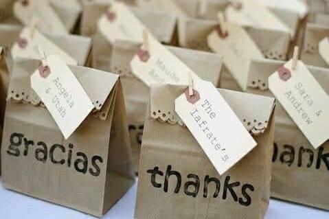 Bolsas de regalo y gracias