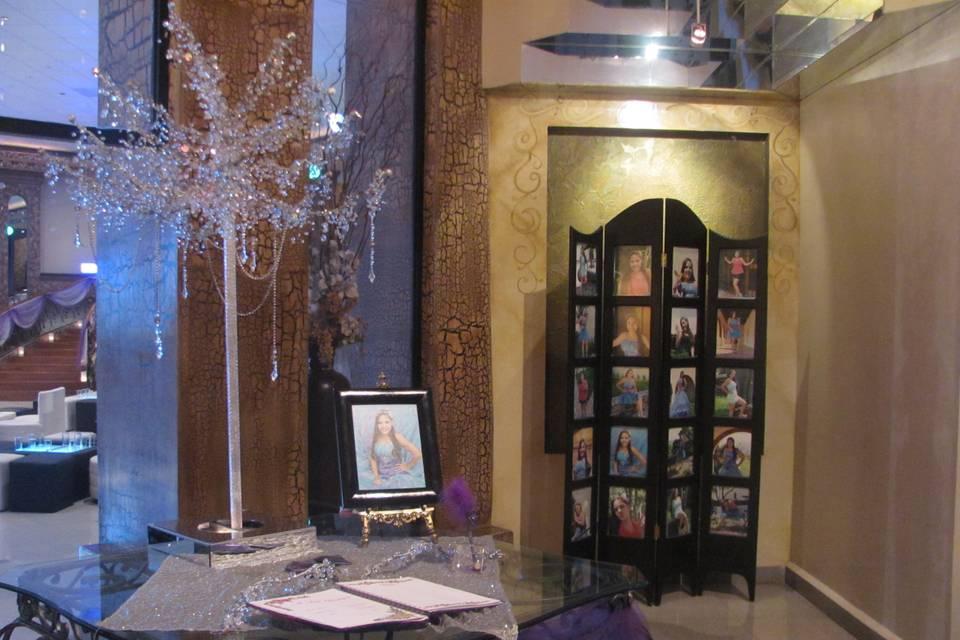 Lobby con biombo
