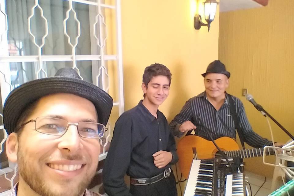 Huasona Acústica