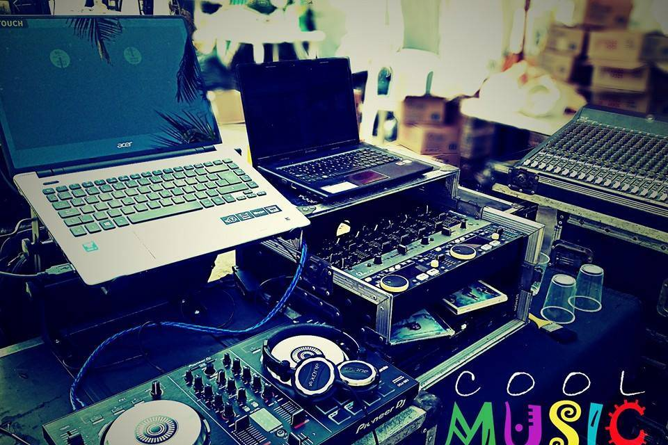 Cool Music DJ's