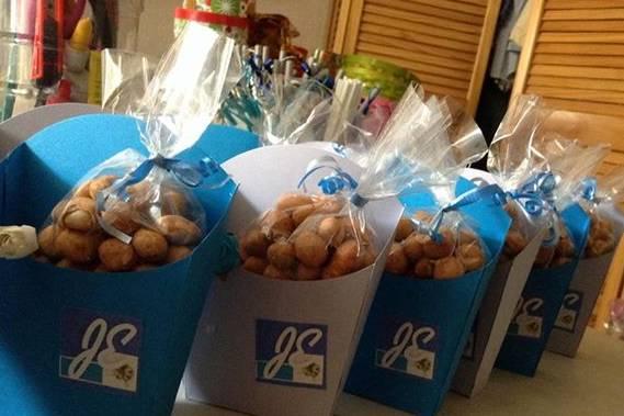 Cajitas con cacahuate