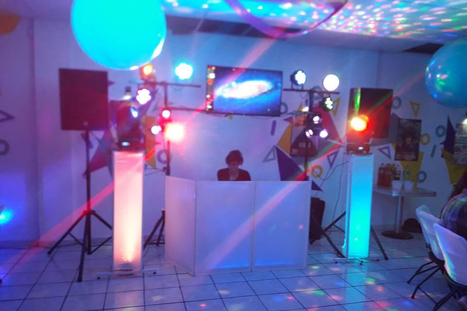Audio e iluminación G Tek
