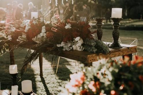 Mesa y velas