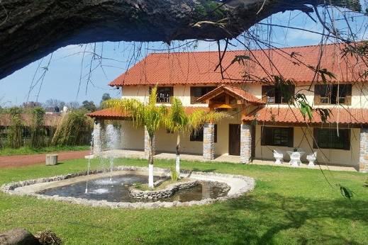 Madeiras Salón & Garden