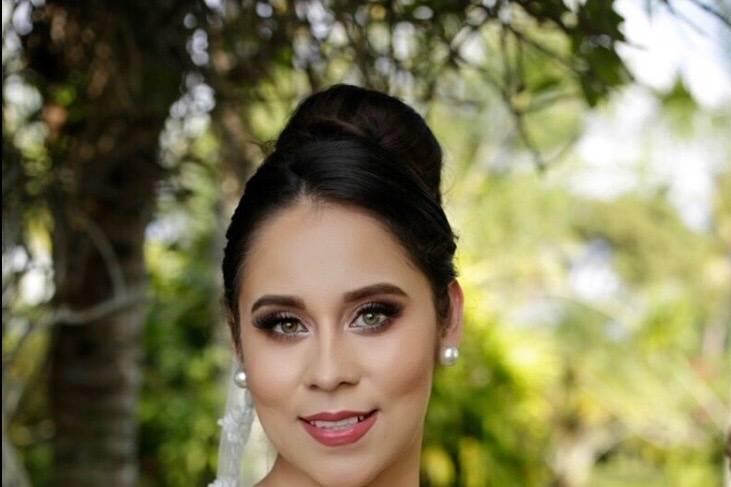 Maquillaje de novia romántica
