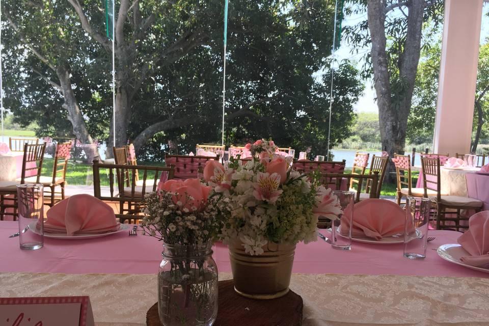 Vanessa Roiz Wedding & Event Planner